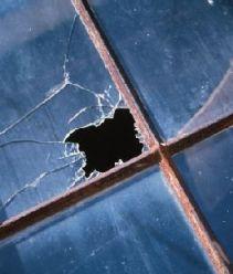 Замена разбитых оконных стекол в Санкт-Петербурге